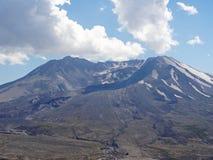Mt St海伦` s火山口 免版税库存图片