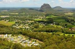 Mt Tibrogargan nella regione delle montagne della serra nel Queensland Immagine Stock