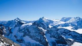 Mt Titlis i Schweiz Royaltyfria Bilder