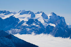 Mt Titlis i Schweiz Arkivfoton