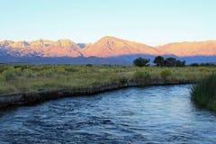 Mt. Tom y el río de Owens fotos de archivo libres de regalías