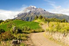 Mt Tungurahua wulkan W Ekwador Zdjęcie Stock