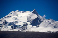 Mt. Xixiabangma Стоковые Изображения
