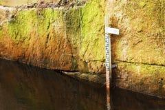Mäta för vattennivå Fotografering för Bildbyråer