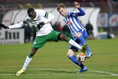 MTK Budapest - fotbollsmatch för Ferencvaros OTP bankliga Arkivfoto