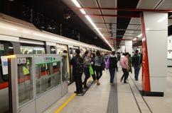 MTR pociąg przy stacją w Hong Kong Fotografia Stock