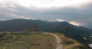 Mtskheta, Georgia Jvari, грузинский правоверный монастырь и древний город расположенное на долине стечения рек Mtkvari акции видеоматериалы