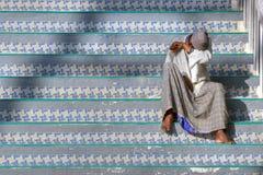Muçulmanos indianos em escadas Imagem de Stock
