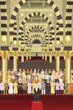 Muçulmanos que rezam junto em uma mesquita Imagens de Stock Royalty Free