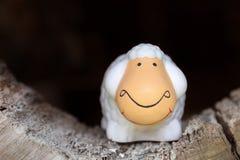 Muñeca de cerámica de las ovejas Imágenes de archivo libres de regalías
