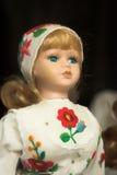 Muñeca en traje popular foto de archivo libre de regalías