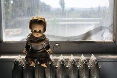 Muñeca espeluznante Fotografía de archivo libre de regalías