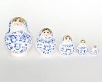 Muñeca rusa Matryoshka en fila Fotos de archivo libres de regalías