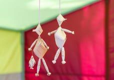 Muñecas de la corteza de un árbol Foto de archivo libre de regalías