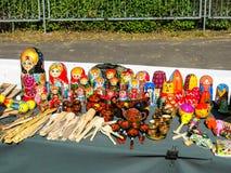 Muñecas en la tabla Imagen de archivo