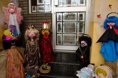 Muñecas que representan la escena de la natividad fotografía de archivo