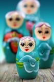 Muñecas rusas azules fotos de archivo
