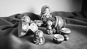 Muñecas rusas de la jerarquización Imágenes de archivo libres de regalías