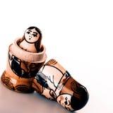 Muñecas rusas Matryoshka aislado en un fondo blanco Imagen de archivo libre de regalías