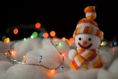Muñeco de nieve alegre. Tarjeta de Navidad Imagen de archivo libre de regalías