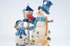 Muñeco de nieve de la Navidad en el fondo blanco Imágenes de archivo libres de regalías