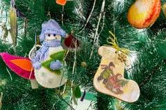 Muñeco de nieve del juguete de la Navidad Fotografía de archivo