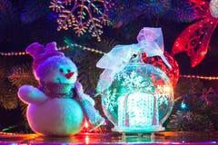 Muñeco de nieve del juguete de la Navidad Foto de archivo