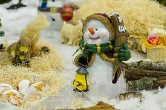 Muñeco de nieve divertido de la Navidad Fotos de archivo