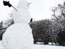 Muñeco de nieve grande. Foto de archivo libre de regalías
