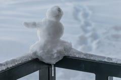Muñeco de nieve miniatura Imágenes de archivo libres de regalías