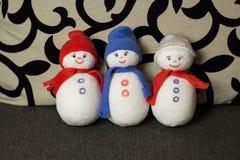 Muñeco de nieve tres Juguetes suaves fotografía de archivo