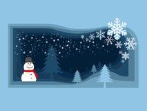 Muñeco de nieve y árbol de navidad en el campo que tienen copo de nieve fal Imagenes de archivo