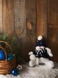 Muñeco de nieve y decoración felices de la Navidad Fotos de archivo