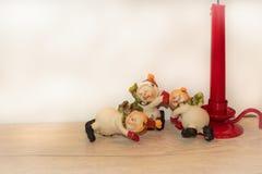 Muñecos de nieve de la Navidad del Año Nuevo de la postal Imagenes de archivo