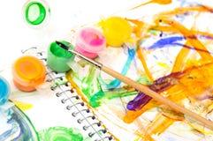 Muśnięcia, farby i children rysunek, Obrazy Stock