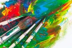 Muśnięcia i farba artysta Obraz Stock