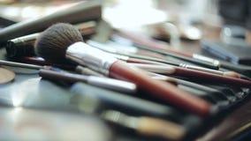 Muśnięcia i oka cienia makeup narzędzia zbiory wideo
