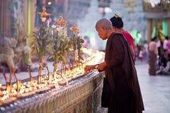 mu för lighting för buddiststearinljusfantaster full royaltyfri foto