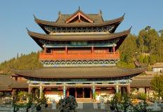 Mu-uppehåll, gammal town för lijiang, yunnan, porslin Arkivbild