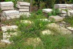 Mucchi dei blocchi in calcestruzzo quadrati Fotografia Stock Libera da Diritti