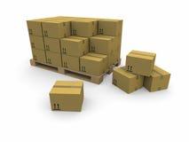 Mucchi delle scatole di cartone su un pallet Fotografie Stock