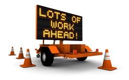 Mucchi di lavoro avanti! - Segno della costruzione Fotografie Stock