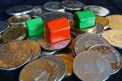 Mucchi di soldi Fotografia Stock