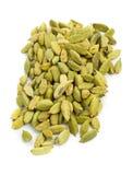 Mucchio dei baccelli del seme del cardamomo Immagine Stock