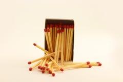 Mucchio dei bastoni della partita con la scatola 2 Fotografia Stock