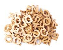 Mucchio dei caratteri in grassetto di legno isolati immagine stock libera da diritti
