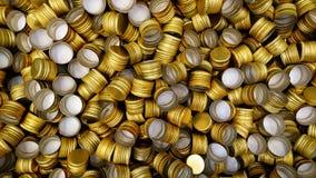 Mucchio dei coperchi a vite del metallo della bottiglia come fondo del modello Fotografie Stock