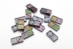 Mucchio dei domino variopinti Fotografia Stock