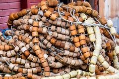 Mucchio dei galleggianti della rete da pesca Fotografia Stock