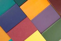 Mucchio dei libri multicoloured, mazzo di libri multicolori, mucchio o Fotografia Stock Libera da Diritti